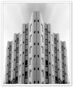 immeuble miror rive gauche PWC AA 052021_pfblog