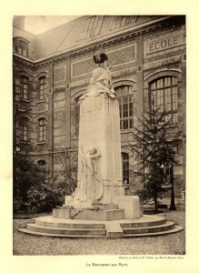 monuments aux morts pf
